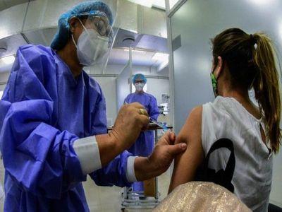 Vacunas y gestión patriótica son claves para reactivación económica