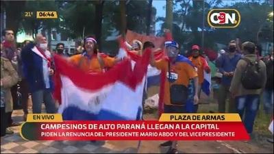 Pobladores de Alto Paraná llegaron a la capital para manifestarse