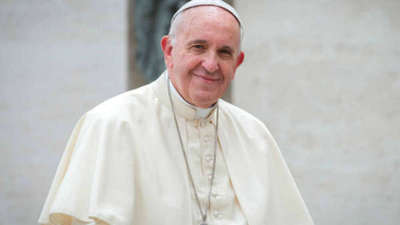 El sumo pontífice denuncia que las mafias se aprovechan de la pandemia para enriquecerse