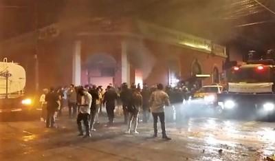 Denuncian intento de criminalizar protestas en apoyo explícito a la ineficiencia del gobierno
