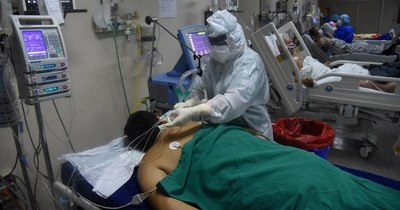 """La Nación / COVID-19: """"La terapia intensiva se asocia con la mortalidad"""", dice especialista en medicina crítica"""