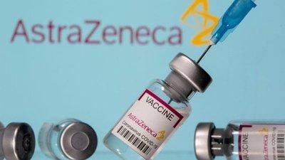 AstraZeneca anunció que su vacuna es 79% eficaz y no conlleva riesgo de coágulos tras los ensayos en EEUU
