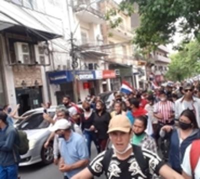 Campesinos y nativos piden no aflojar con movilizaciones