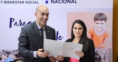 La Nación / Renunció directora que vacacionó en el Brasil