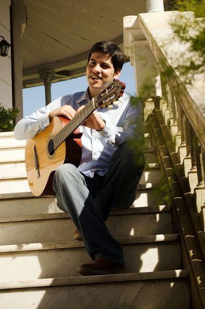 Revalorizando la guitarra paraguaya