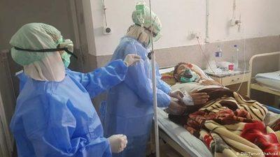"""""""Nuestros hospitales son hospitales de campaña de guerra"""", afirma director de la décima región"""