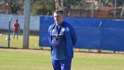 Éver Hugo Almeida es nuevo técnico de Sol de América