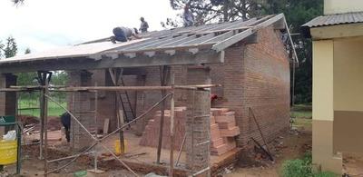 CONTINÚAN CONSTRUCCIONES EN ESCUELA DE CA'ATYMI- CARMEN DEL PNÁ
