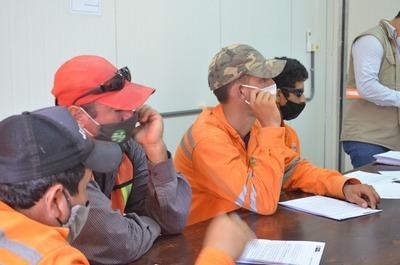 Tramo Pozo Colorado- Concepción: personal de obras se capacita