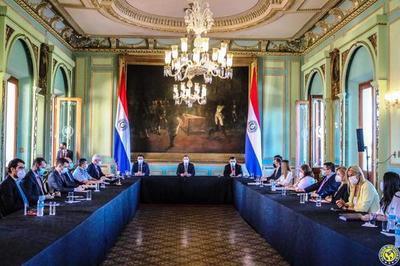 Covid: Gobierno restringirá circulación en Semana Santa •