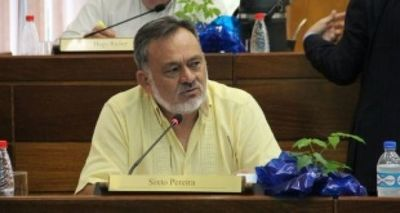 Seccionaleros piden la pérdida de investidura de Sixto Pereira