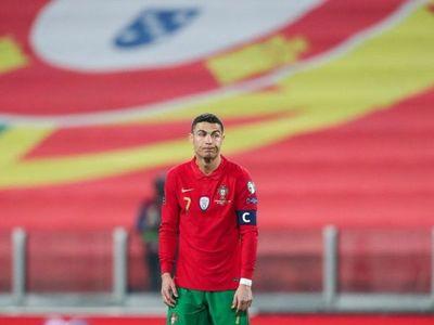 Portugal gana sin jugar a nada