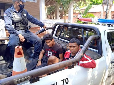 Atrapan dos ladrones domiciliarios durante distintos procedimientos