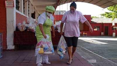 """""""Mi almuerzo escolar en familia"""" distribuyó 57.753 kits alimenticios a locales escolares de Asunción"""