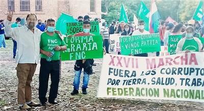 """Interminable Laíno dispara dardos venenosos contra la mafia del gobierno y grita """"¡Que se vayan todos!"""""""