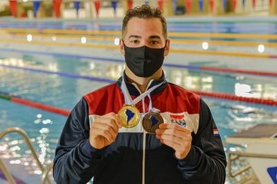 Nadador paraguayo se cuelga el Oro en Argentina