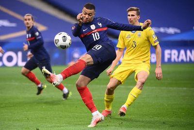 Kylian Mbappé, la vida en Bleu no es completamente rosa