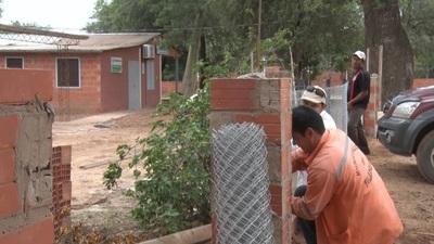 Continúan ejecución de obras de mejoramiento en el Puesto de Salud Amistad