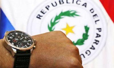Senado posterga por 15 días proyecto que mantiene el horario de verano