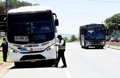 Paro de buses fuera de Área Metropolitana perjudicará a trabajadores