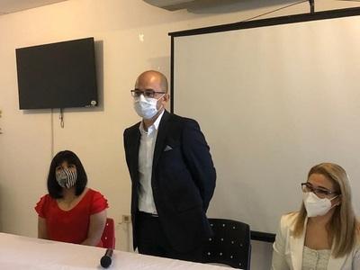 En reemplazo de Soraya Araya asume Héctor Castro al frente del Programa Ampliado de Inmunizaciones