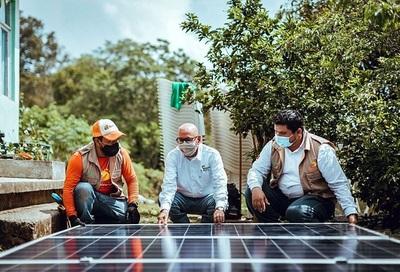 Iberdrola conecta con energía solar a 36 comunidades del centro de México