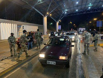 Migraciones aplica desde hoy controles más rigurosos en frontera con Brasil · Radio Monumental 1080 AM
