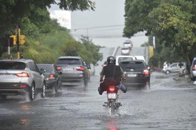 Anuncian llegada de tormentas que afectarán a 13 departamentos desde esta noche