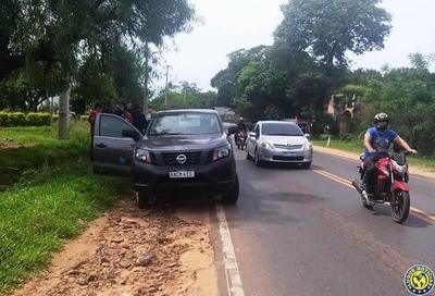 Vestidos de policías asaltan móvil de Municipalidad de Areguá y roban G. 15 millones •
