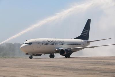 Paraguay y Uruguay negocian un plan piloto de transporte aéreo