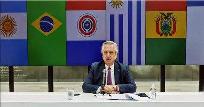 La Nación / Brasil, Uruguay y Paraguay se enfrentan a Argentina
