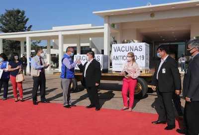 OPS reconoce compromiso del Paraguay hacia el acceso equitativo a las vacunas