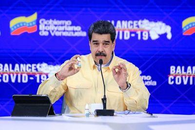 Por desinformar sobre el Covid-19 Facebook bloquea la página de Nicolás Maduro