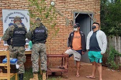 Detienen a tres presuntos microtraficantes en Yaguarón