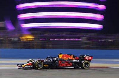 Magistral pole de Verstappen en Bahrein