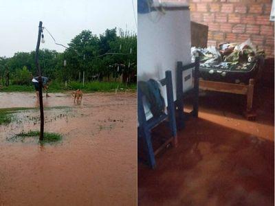 Lluvias intensas dejan inundadas varias viviendas en Misiones