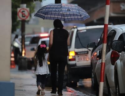 Lluvias dispersas con amaneceres frescos y tardes cálidas, anuncia Meteorología