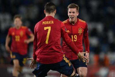 España y Francia corrigen el rumbo con triunfos, Dinamarca golea