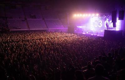 Barcelona reunió a 5.000 personas en el primer concierto sin distancia