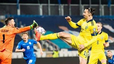 Zlatan y una asistencia de taco en la goleada de Suecia a Kosovo