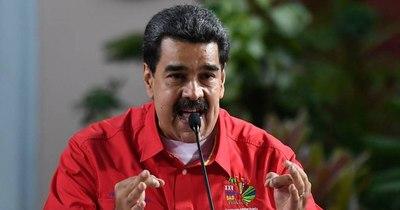 """La Nación / """"Petróleo por vacunas"""" contra el COVID-19 es la oferta que hace Maduro"""
