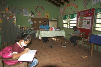 Crónica / EL PUEBLO QUEDÓ SIN NIÑOS. Una escuela para 4 alumnos