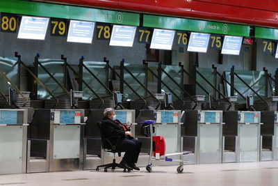 Portugal mantiene suspendidos los vuelos con Brasil y Reino Unido hasta el 15 de abril