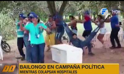 Bailongo en campaña política mientras colapsan hospitales