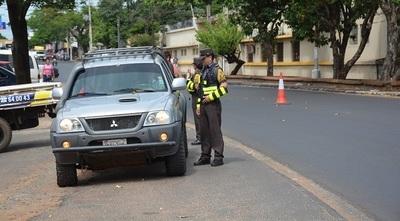 Caminera anuncia estrictos controles en rutas durante esta semana