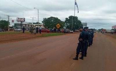Policía garantiza el paso de vehículos pese a cortes de ruta