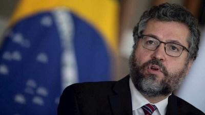 Renunció el canciller de Brasil debido a la presión de los seguidores de Jair Bolsonaro
