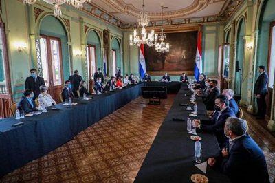 Gremios anuncian promesa de Mario Abdo de reactivar la economía desde 5 de abril