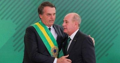 La Nación / Renuncias en Brasil: Bolsonaro se queda sin canciller y ministro de Defensa