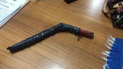 Motochorro quedó detenido tras intento de asalto con un palo de escoba